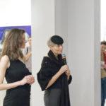 Zdjęcie z wernisażu wystawy Semi-Fini Weroniki Pawłowskiej