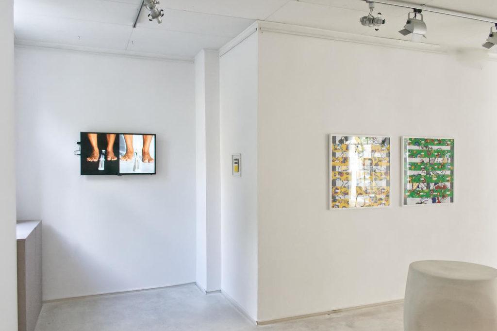 Zdjęcie sali z wystawy Płynna Pamięć Marco Angeliniego