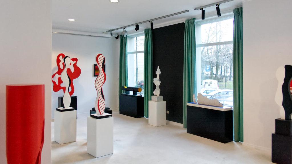 Zdjęcie sali z wystawy Przekroczenia Weroniki Taussig