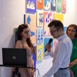 Zdjęcie z wernisażu wystawy Synchronizacja Iwony Kobryń