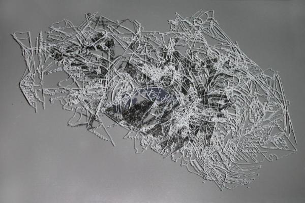 Zdjęcie pracy z wystawy 127 082 km Filipa Wierzbickiego-Nowaka